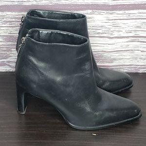 Nine west black heeled booties size 8